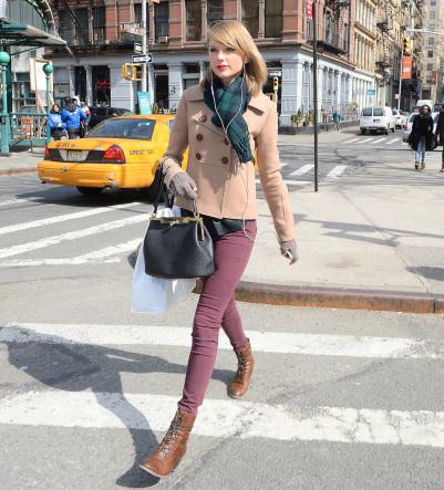 Taylor Swift テイラー・スウィフト ストール 巻き方