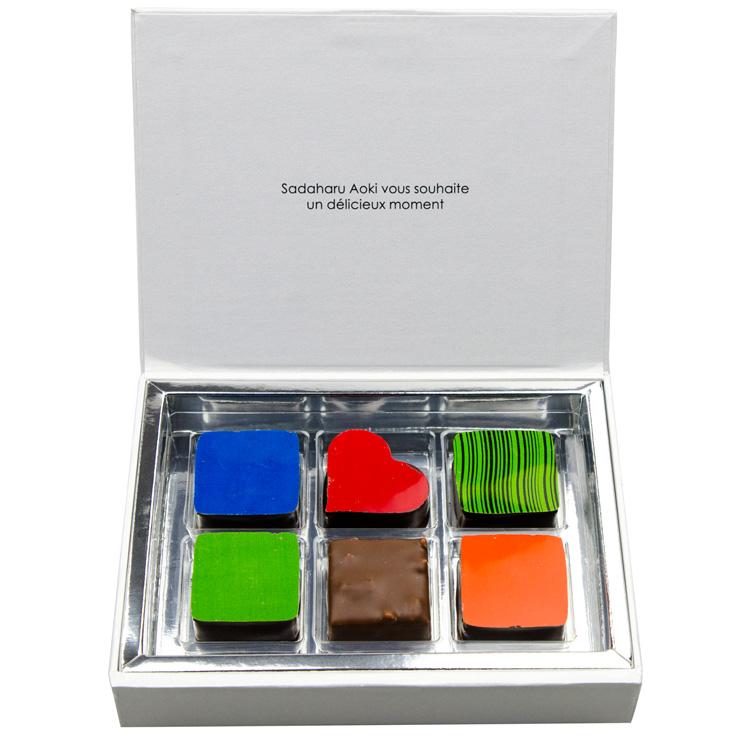 サダハル アオキ チョコレート